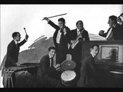 Ben Selvin and His Orchestra - Blue Skies (1927)