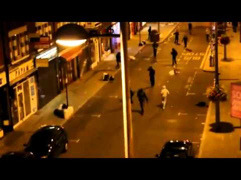 August 8, 2011: London ealing riots shocking video