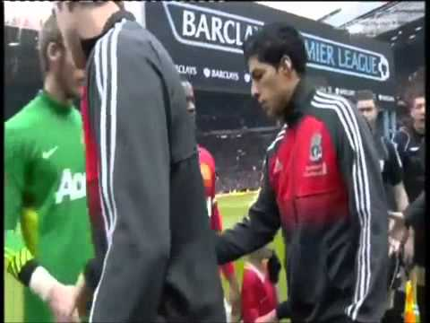 Luis Suarez Refuse To Shake Hands With Patrice Evra!!