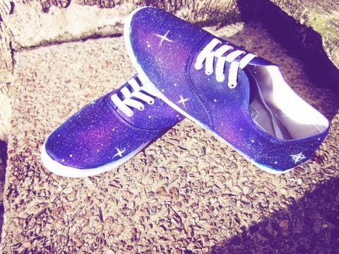 DIY Galaxy Shoes / Hazlo tu mismo Zapatos Galaxia