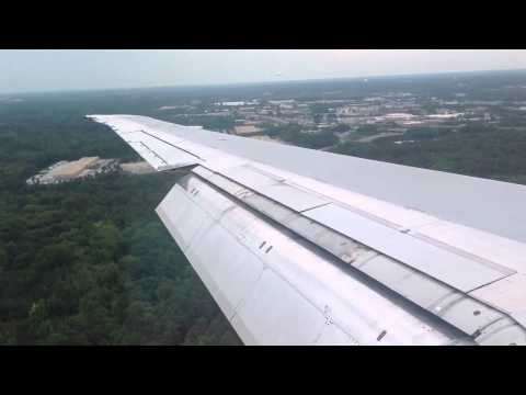Delta Airlines MD 88 landing