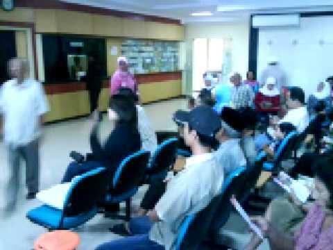 suasana ruang tunggu poliklinik rumah sakit Hapy Land Yogyakarta