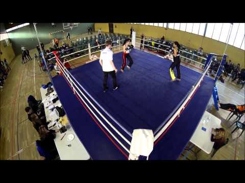 Gala Savate Cournon 2014 - POULE 2 F60 - SICLET Flavie vs BELLANGER Carole Image 1