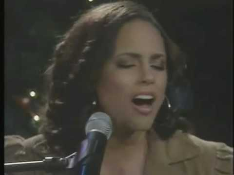 O Holy Night - Alicia Keys