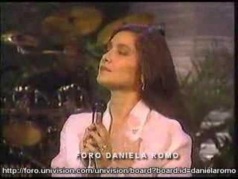 Daniela Romo Quiero amanecer con alguien