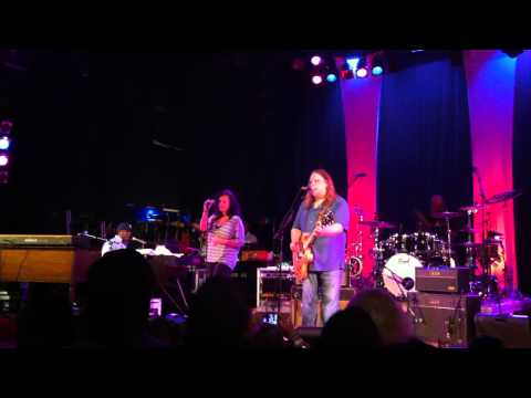 Warren Haynes Band - Levon Helm encore tribute