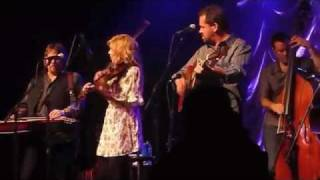 Watch Alison Krauss Wild Bill Jones video