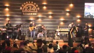 Maafkan (Tak Sempurna) - Ecoutez at JJF 2011.mp4