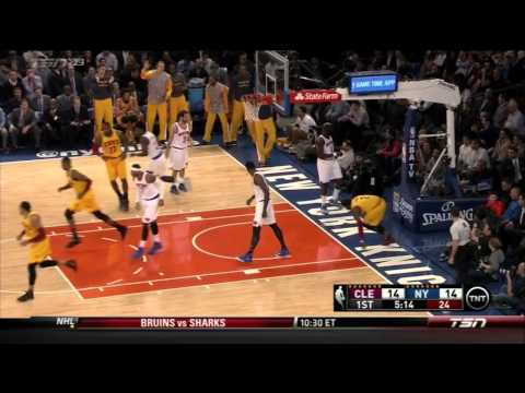 Kyrie Irving's beautiful layup against Knicks