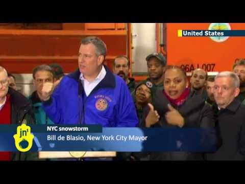 Mayor Bill De Blasio's first major test: New NYC mayor springs into action amid major snowstorm