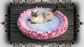 DIY 😻 XL Knoten Kissen Bett für Katzen & Hunde | Knot cushion bed for Cats & Dogs