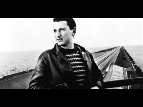 Billy Bragg - The Internationale
