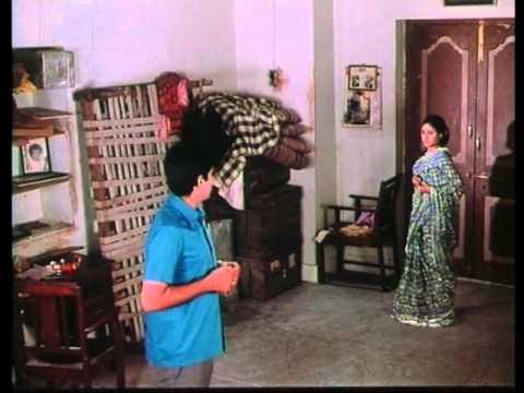 Piya Ka Ghar - Bahut Aasan Hai - Anil Dhawan & Jaya Bhaduri -...
