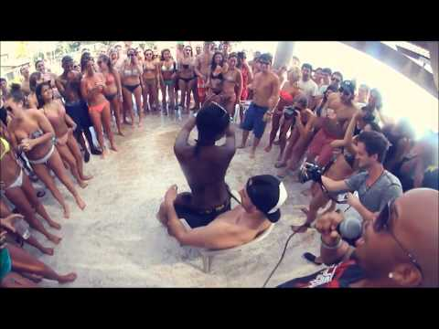 David Guetta ft. Akon - That Na Na ( Mario Toyboy Remix ) 2013