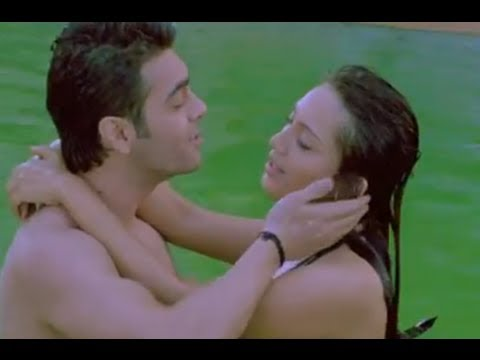 Dharam & Priya Romance In The Pool - Rakhtbeej