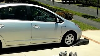 How to Change Motor Oil of 2nd-Gen (2004 - 2009) Toyota Prius