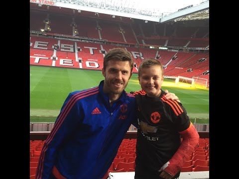 Michael Carrick - Charlie Meets Manchester United's Michael Carrick on MUTV