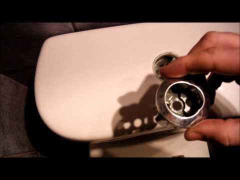 Cómo desmotar y montar una cisterna de dos descargas con dos pulsadores.