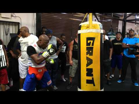 Floyd Mayweather Hitting the Heavy Bag While Training