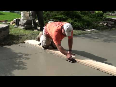How to Pour Concrete Driveway