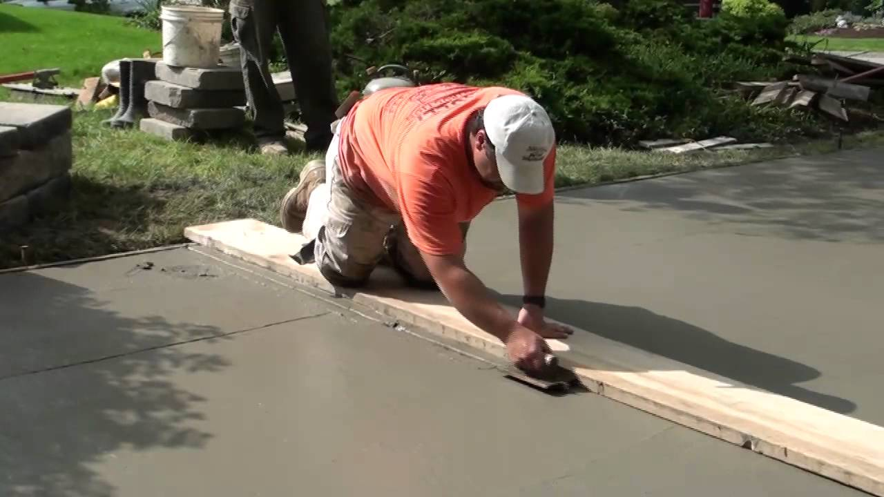 how to pour concrete driveway youtube