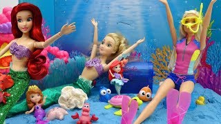 Swimming with Mermaid Ariel, Let's see the world under the sea!