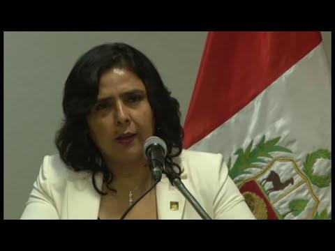 Presidenta de ISDEMU, Vanda Pignato, firma Convenio con Ministerio de la Mujer de Perú