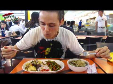 Vegetarian Thai Food at MBK Food Court in Bangkok, Thailand