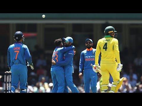 Cricbuzz Comm Box: AUS vs IND, 1st ODI, 1st inn, Over No. 15