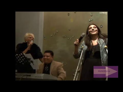 ♪ Yuri y Ana Brenda ♫ Detras De Mi Ventana ♫ En Vivo ♥