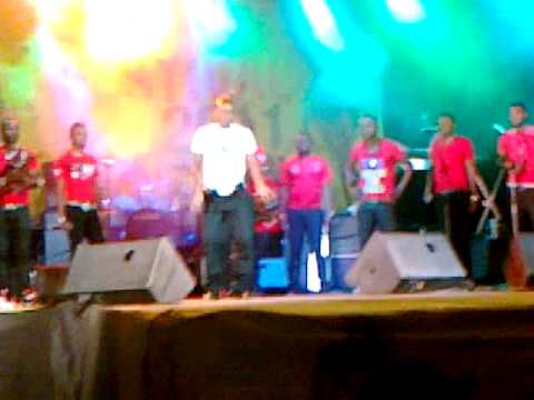 SawaSawaFest 2011: Fally Ipupa with Kanda King