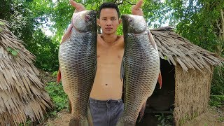 Primitive Technology: Cooking Two Big Fish Soup For Lunch