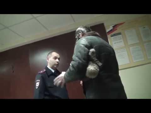 МАКСИМАЛЬНЫЙ РЕПОСТ!!! Казанская полиция избивает общественников и журналистов