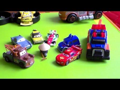 Auta 2 . Cars 2 . zygzak mcqueen . Agent McMission . Zabawki .  Dziadek . straż pożarna. cool toys