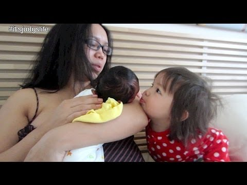 Julianna Bonding with Newborn Sisters! - March 09, 2014 - itsJudysLife Vlog
