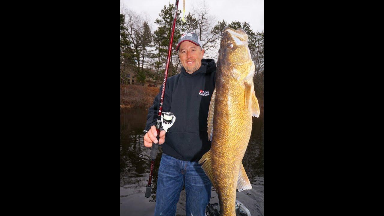 Big Walleye's Peshtigo River April 2014 - YouTube