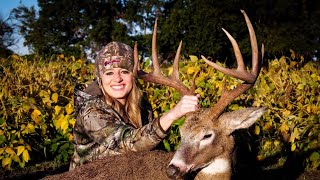 Early Season Surprise - Bowhunting Whitetails