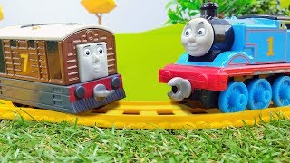 Thomas the Train. Toys for kids: Thomas and friends.