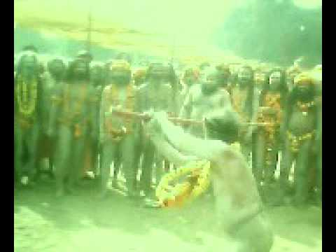 FIGHT OF NAGA BABA SADHUS IN KUMBH
