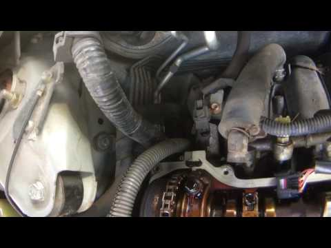 2004 Toyota Camry 2.4L Valve Cover Gasket Replacement STOP your oil from leaking!