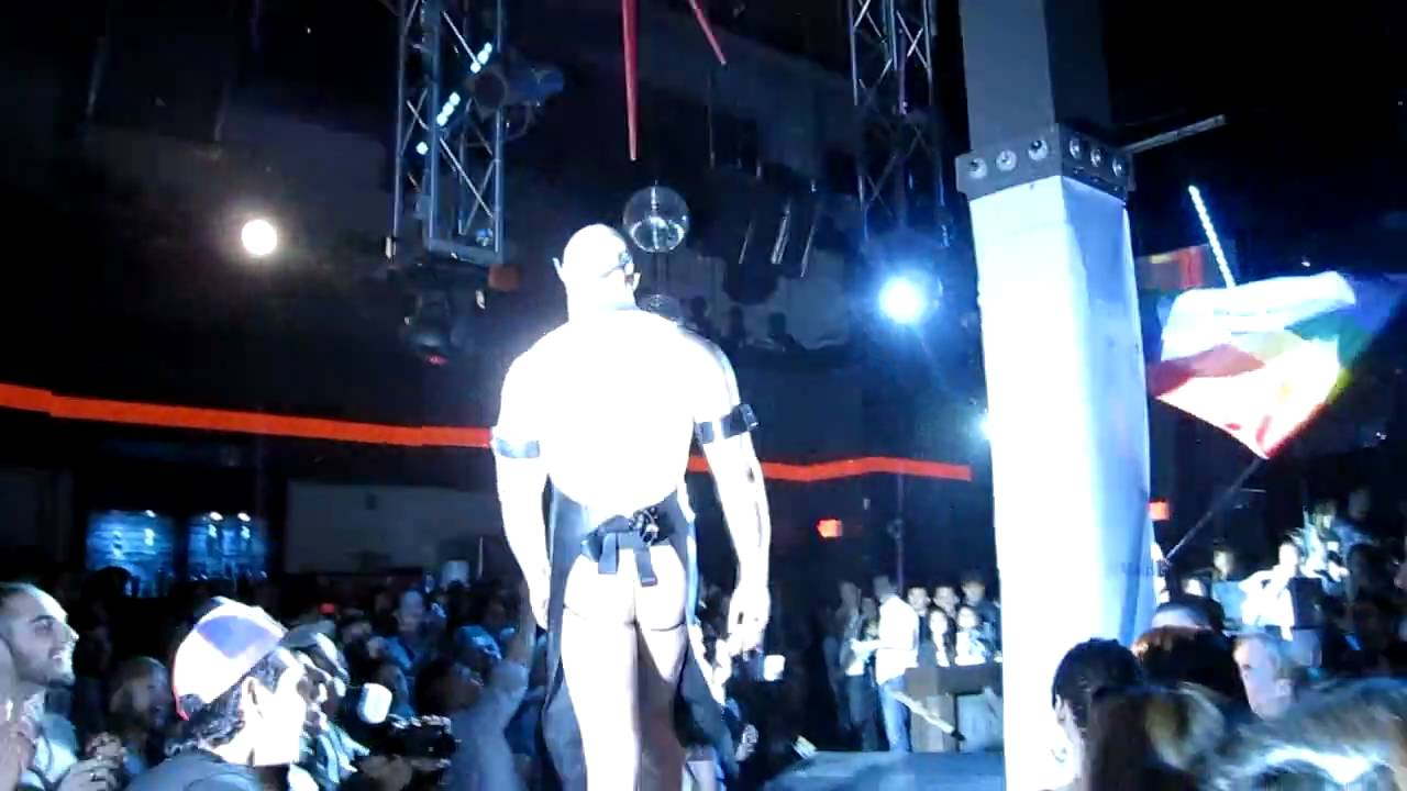 Gay Catwalk Fashion Show Gay Top Model Contestants