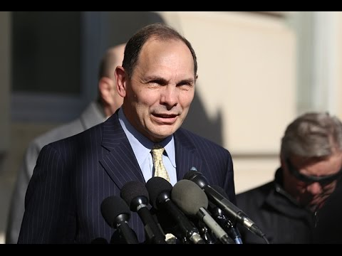 Bob McDonald Apologizes for Claiming He Severed in Special Forces