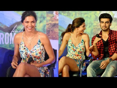 Deepika Padukone's Hot Skirt Moment While Promoting 'finding Fanny' video