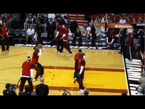 Lebron James Pregame Dunk Contest 2/24/13 During Miami Heat Pre-Game Warmups (HD QUALITY)