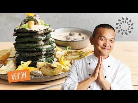 Spinat Pancakes mit Morcheln à la creme und Ofengemüse – vegan