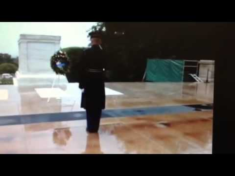 Tomb of unknown soldier guard does not leave post during storm