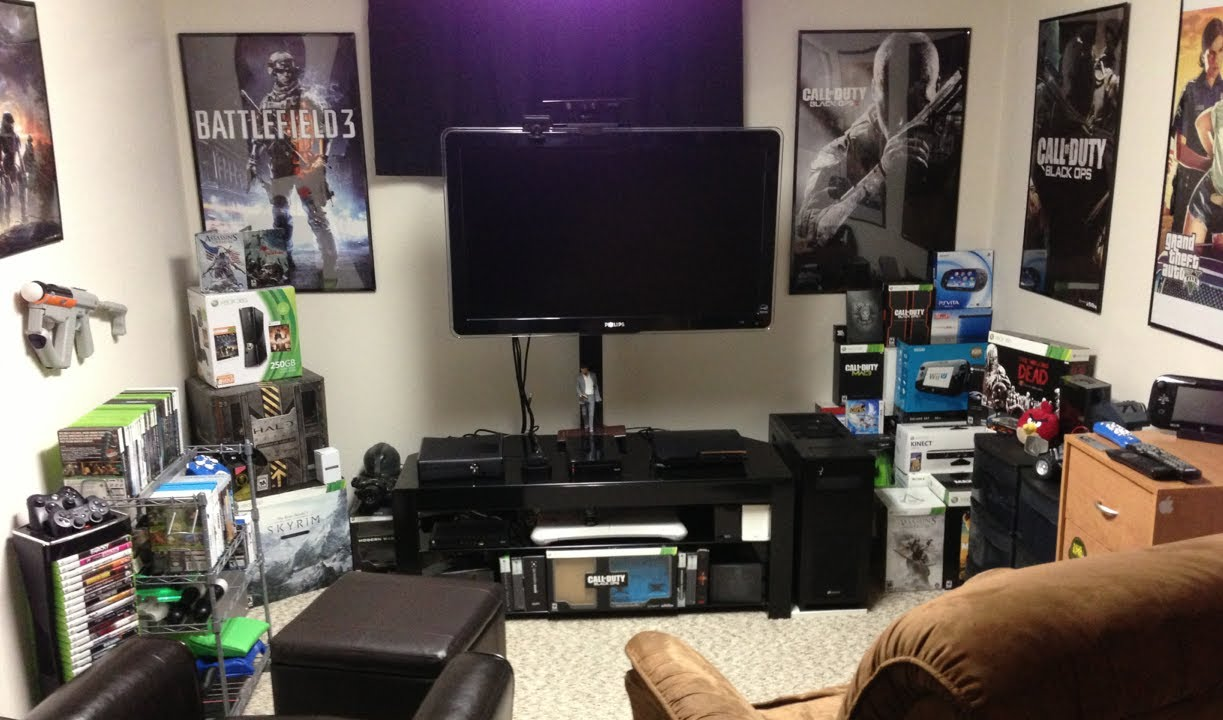 Bedroom gaming room setup ideas home decor ideas for Apartment bedroom setup ideas