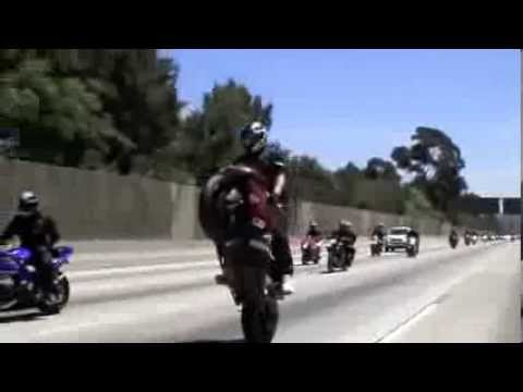 wheelie with redline bikerz..