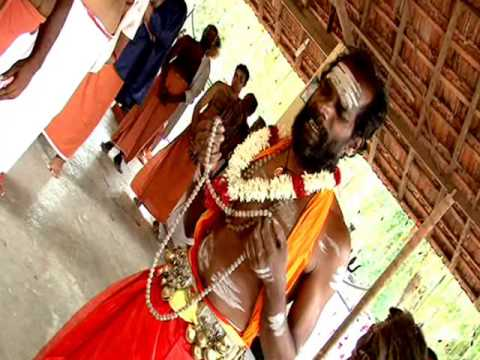 Aadivaa Murugaaaaaaaaaaa.................chinthu Paattu video