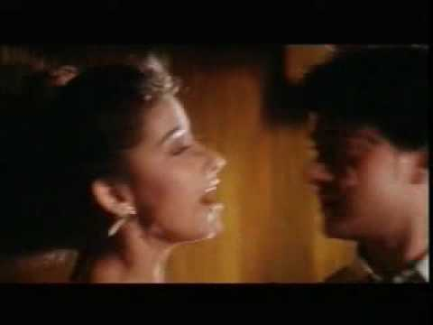 Dil Mera Churaya Kyun- Akele Hum Akele Tum video